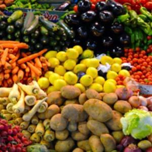 بازاريابي محصولات کشاورزي ومنابع طبيعي كد 204313020 گروه 1 ترم 991
